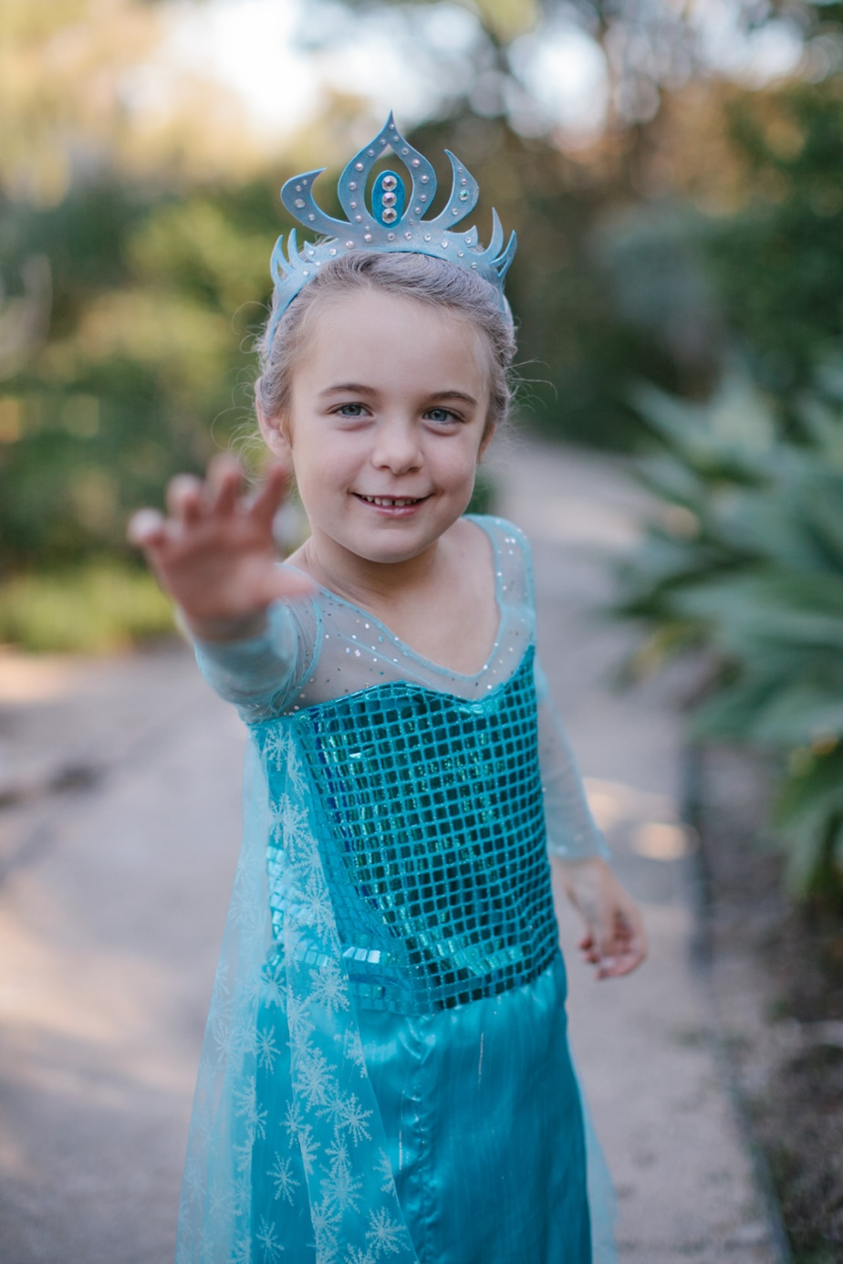 Elsa Frozen children's halloween costume