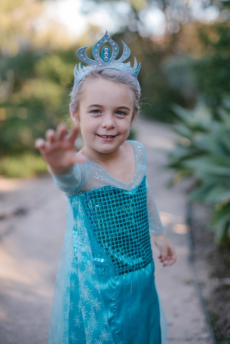 Elsa Frozen children's halloween costume