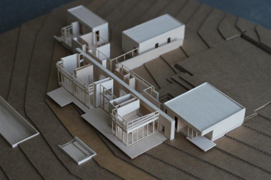 Marmol-Radziner-residential-model-3