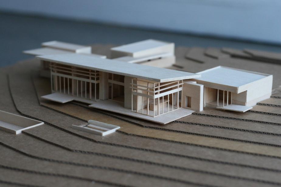 Marmol-Radziner-residential-model-4