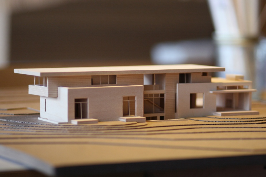 Marmol-Radziner-residential-model-5
